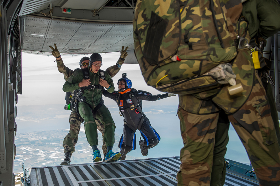 Journ e education nationale arm e de l air for Ecole militaire salon de provence